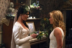 true-blood-212-maryann et sookie